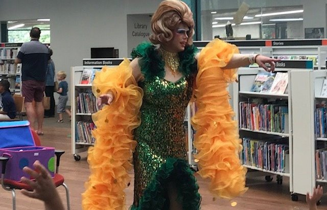 Devon libraries criticized for drag act - Radio Exe
