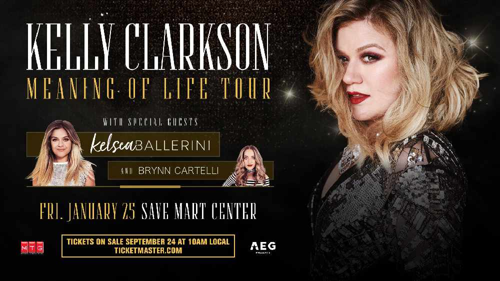 Kelly Clarkson At The Save Mart Center