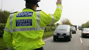 Three teenagers arrested following car chase in Cork