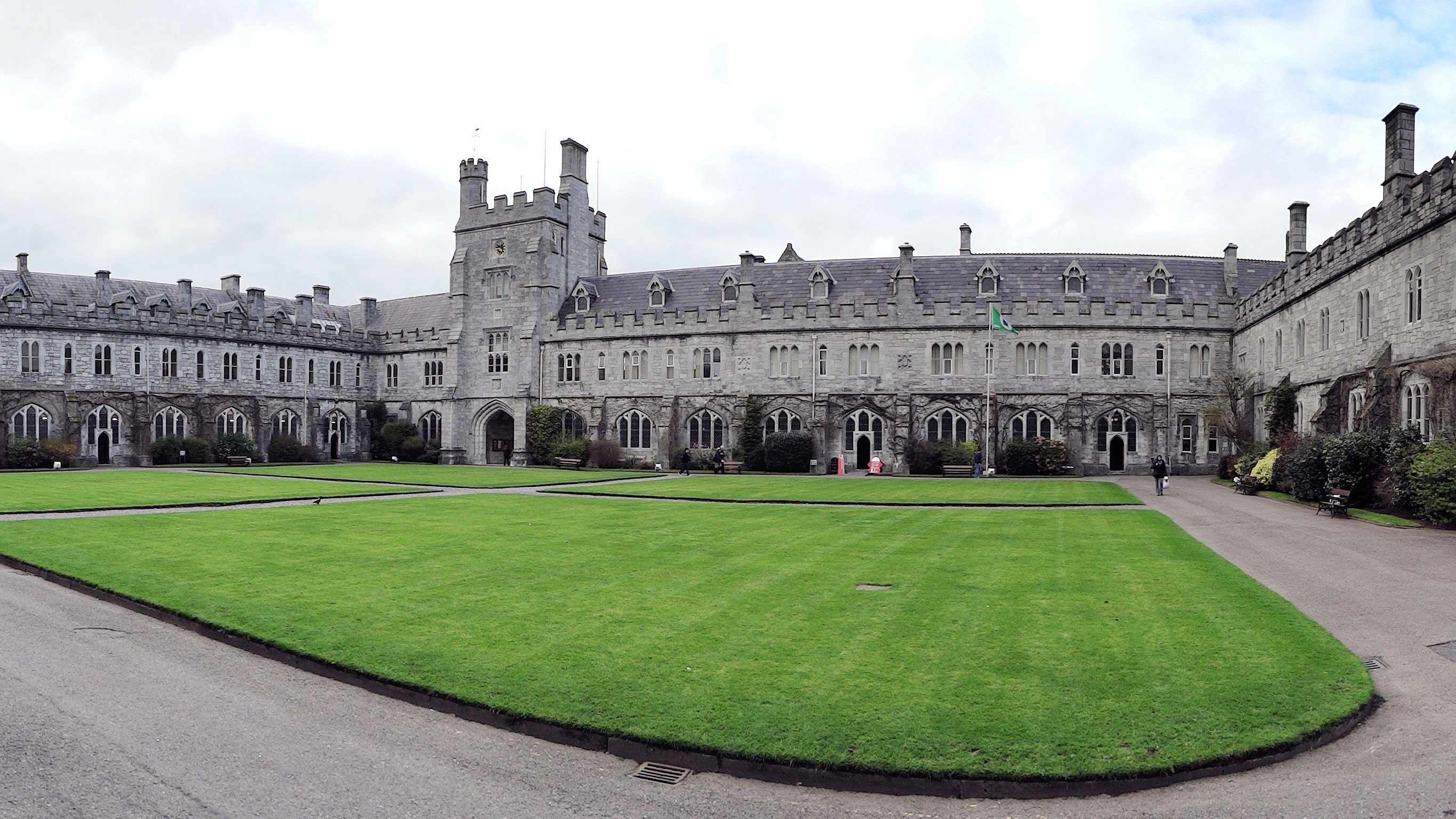 Residents Living Near UCC Are Disappointed With The Students Union For Holding A Virtual Freshers Week