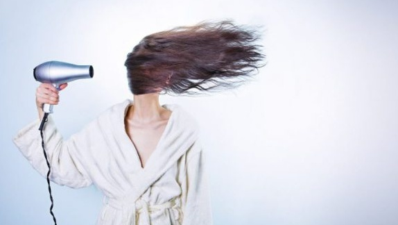 5 tips for when you are trying to grow out your hair.