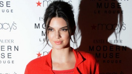 Kendall Jenner rocks the hairstyle that makes us all look better