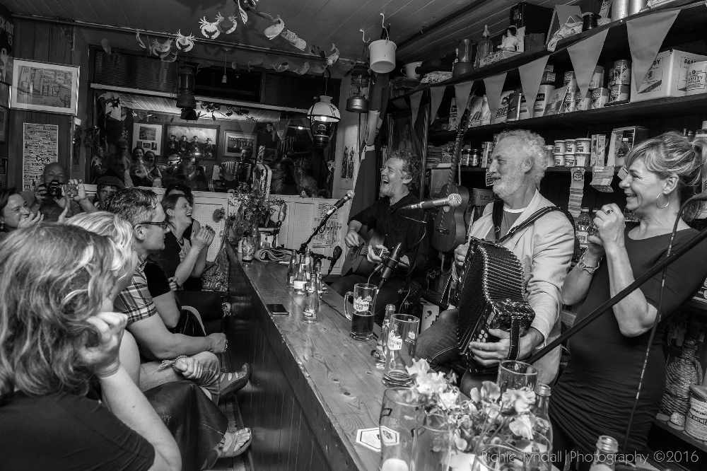 levis bar ballydehob best venue in west cork ireland music