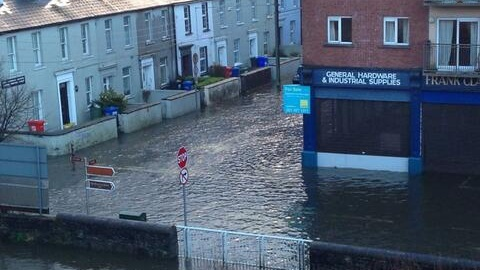 People The City Urged To Put Back Journey To Work Until After 10am This Morning To Avoid Flooding