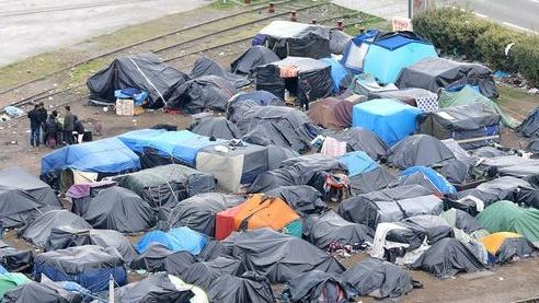 Cork woman describes scenes at Calais as 'insane' - Cork's RedFM