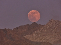 How to photograph Oman's Supermoon - without it looking rubbish!