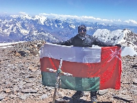 Omani Mountaineer Reaches the Summit of 6,961m Mountain!