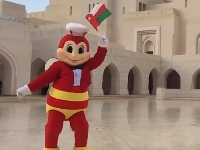 Craving Jollibee food?!  You're in luck!