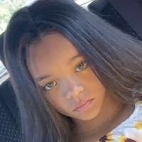 Rihanna shook over little girl lookalike