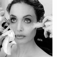 WATCH: Angelina Jolie transform into Maleficent