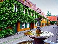 مجمع سكني في ألمانيا يعرض منازله للإيجار مقابل 1$ سنويًا منذ عام 1520م !