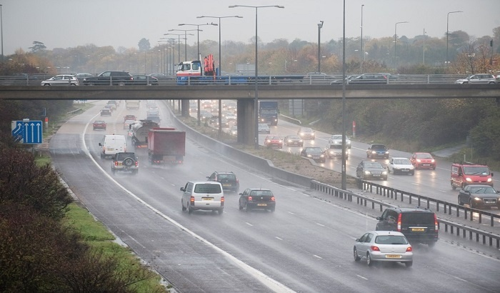 Cost of traffic to Leeds and Bradford businesses rises to more than
