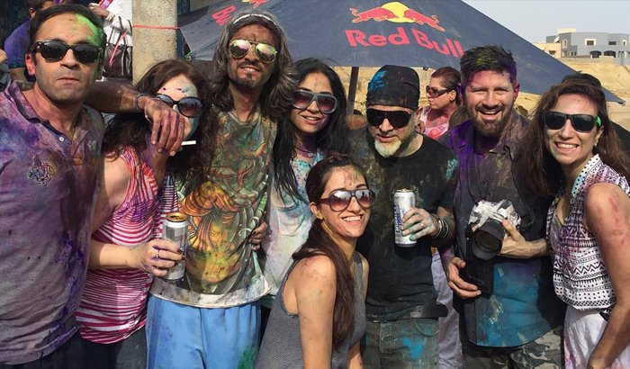 Pakistani celebrities play Holi and celebrate the festival of colour!