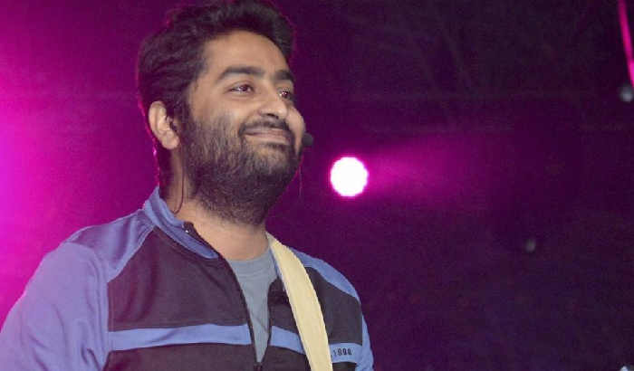 Salman Khan is SURPRISED with reports of him throwing out Arijit Singh from a song