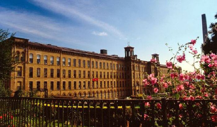 Sun-downer in Saltaire celebrates World Heritage Day