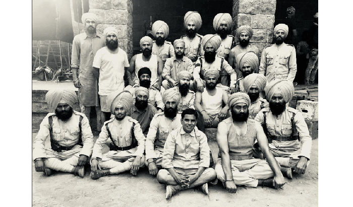 AKSHAY KUMAR'S LATEST KESARI PICTURE IS THE PERFECT GIFT FOR HIS FANS