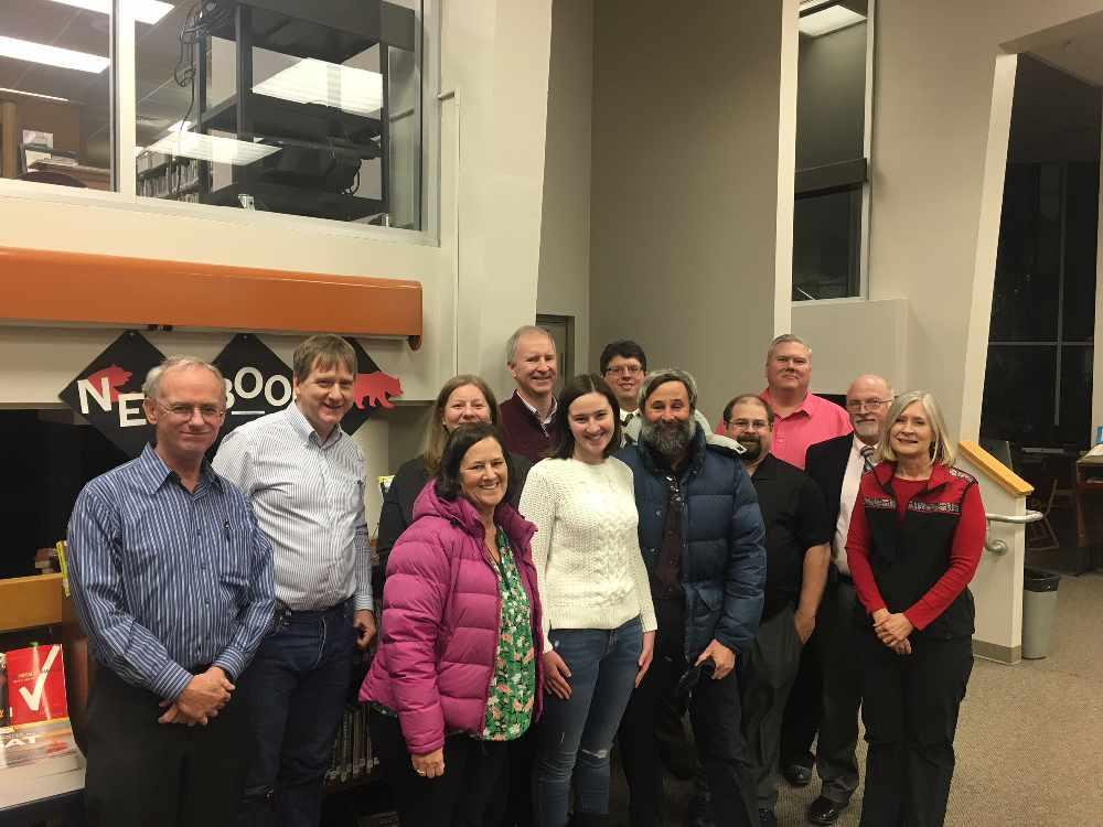 Juneau Student Receives Scholarship Kiny