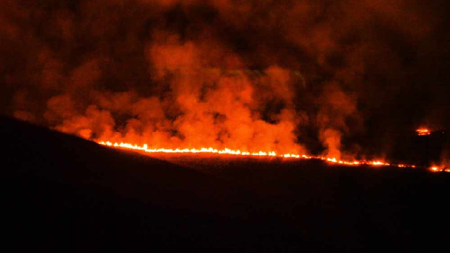Diggle Moor Fire 5, cropped