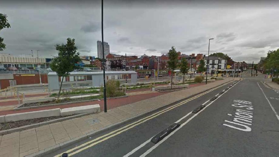 King Street, Oldham, cropped