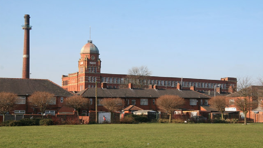 Manor Mill, Chadderton, cropped