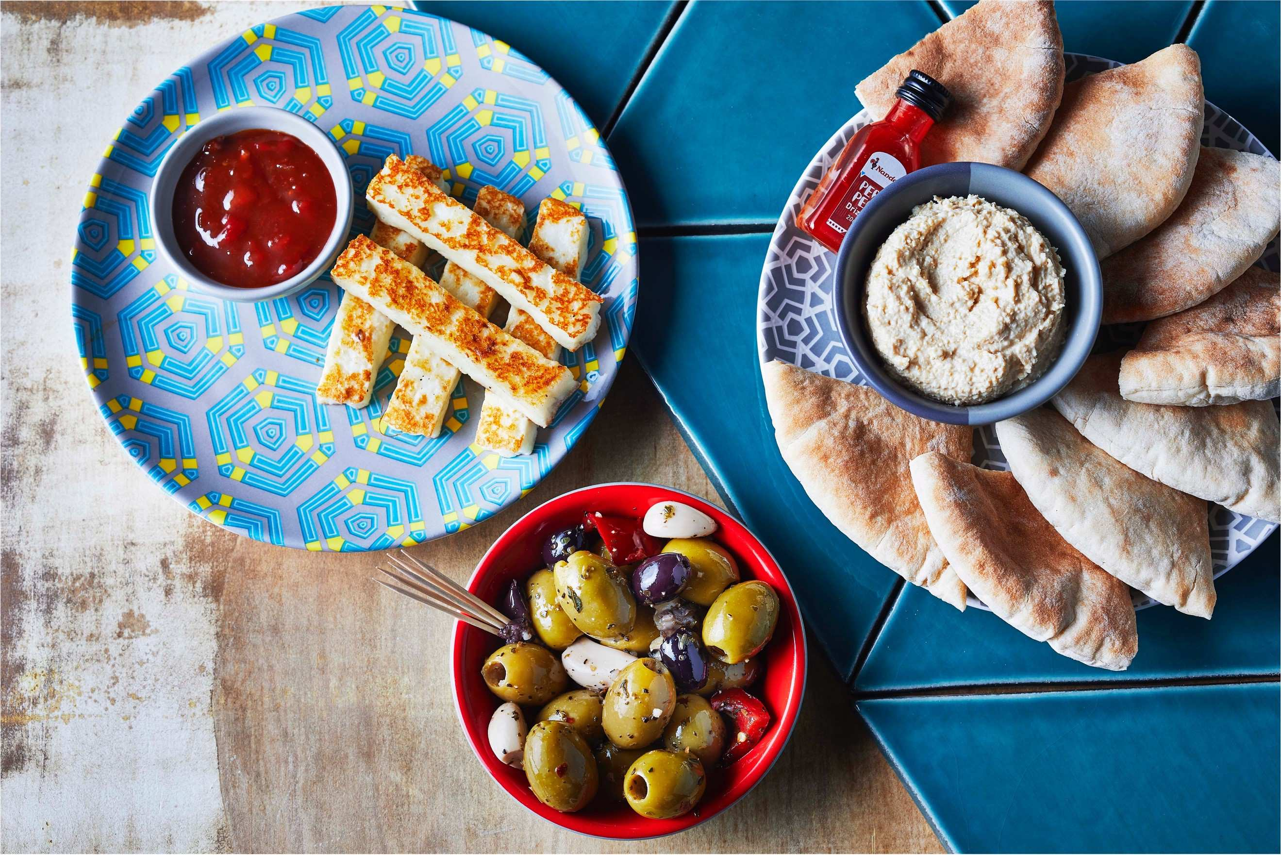 Nando's is offering FREE food to GCSE & A-Level students this August