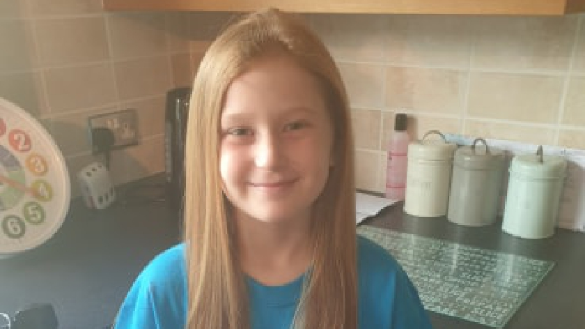 Eight year old Lacey cuts off hair for Willen Hospice , MKFM