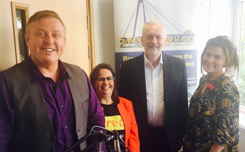Jeremy Corbyn visits Sandgrounder Radio