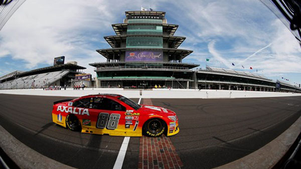 Indianapolis Motor Speedway to run Brickyard 400 without fans