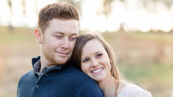 Scotty mccreery and lauren alaina are they dating gaby
