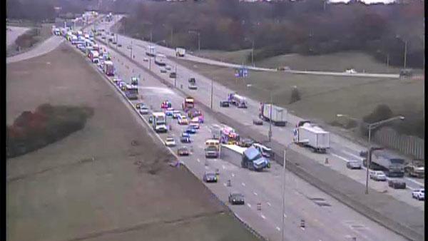 Serious Crash Closes Multiple Lanes On I-71/75 In Erlanger