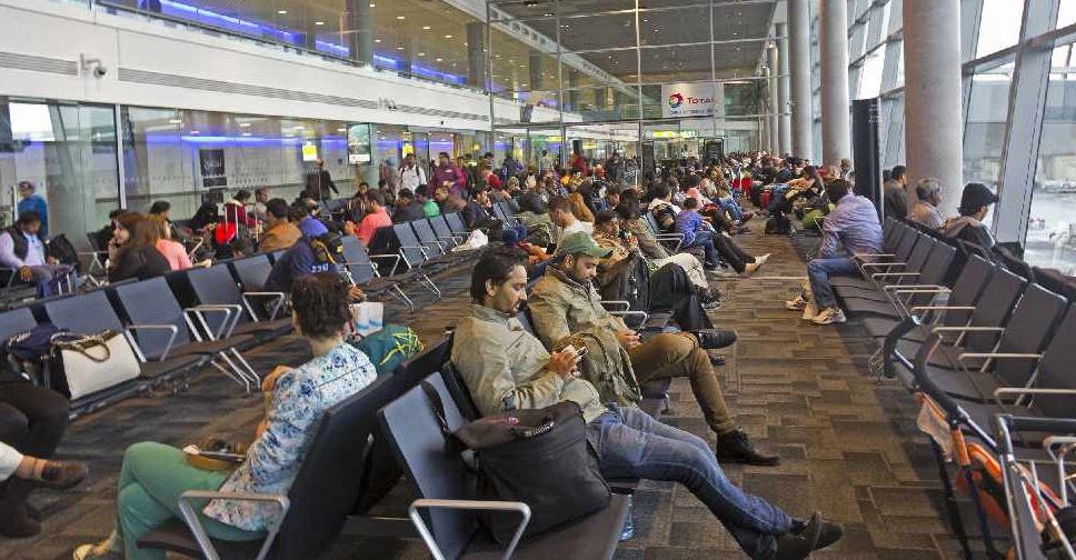 Abu Dhabi airport welcomes 4 5 million passengers during