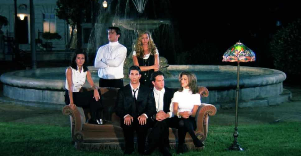 The Friends couch is coming to Dubai - Dubai 92 - Your