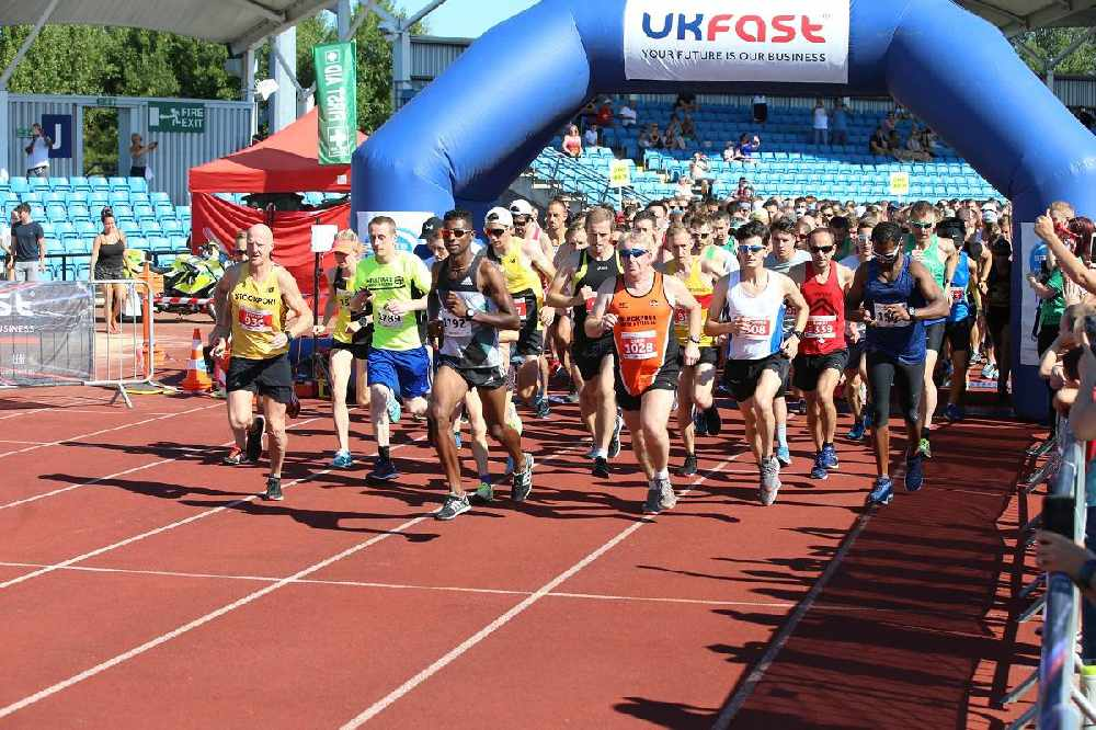 Runners prepare for Manchester 10k