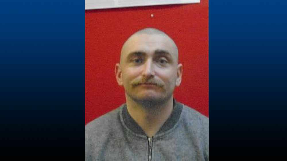 Police hunt Tameside man released from prison earlier this month