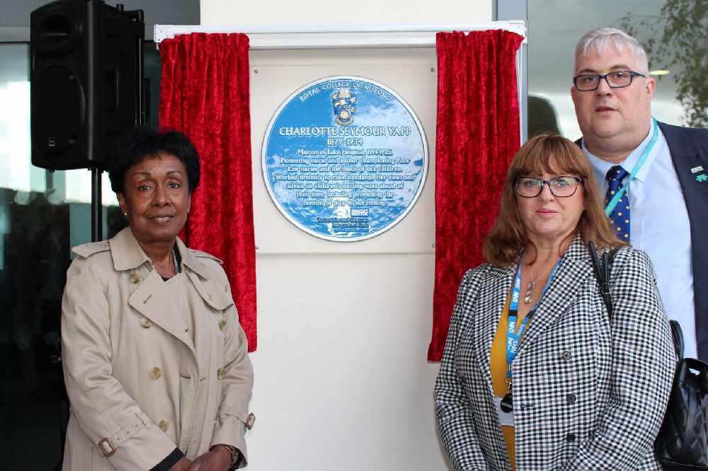 Commemorative plaque unveiled for nurse