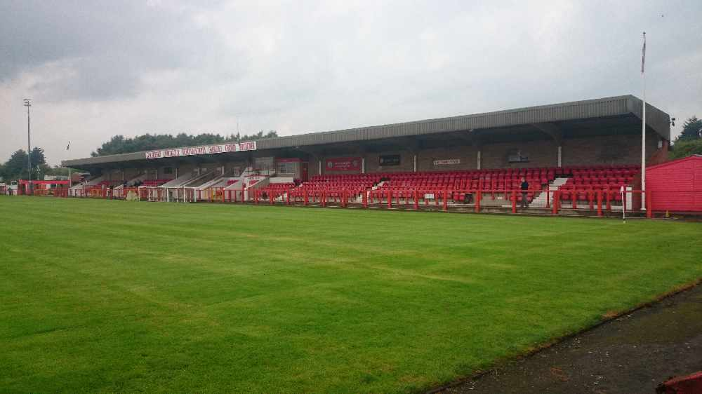Injury-time goal sinks the Robins