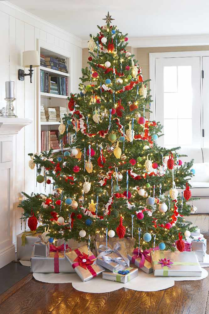 Christmas tree to raise funds
