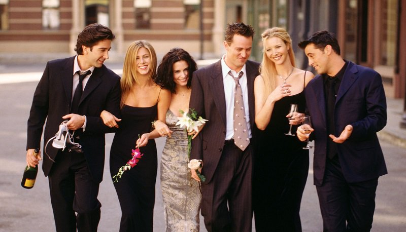 Finally! A 'Friends' reunion with all 6 cast members